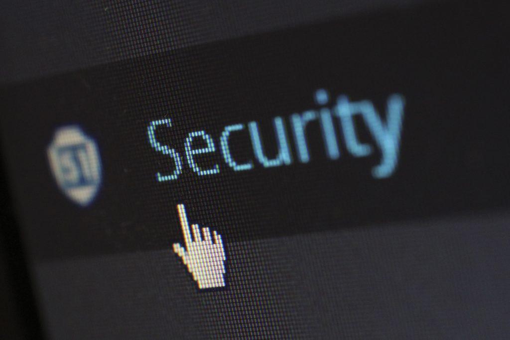 Ты заботишься о безопасности документов, удостоверяющих личность во время поиска работы?